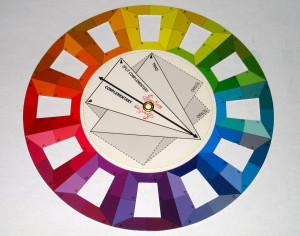 Use the large triangle to create the triadic colour scheme