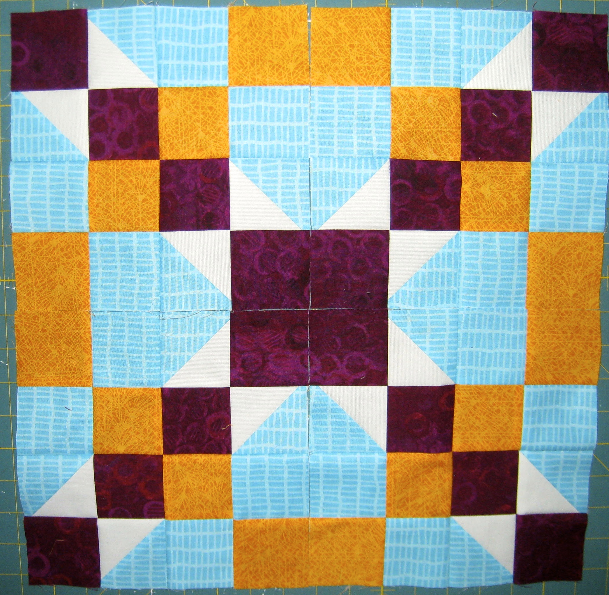 Decorating With Contrasting Colours: How To Use Value To Create Contrast In Quilt Designs