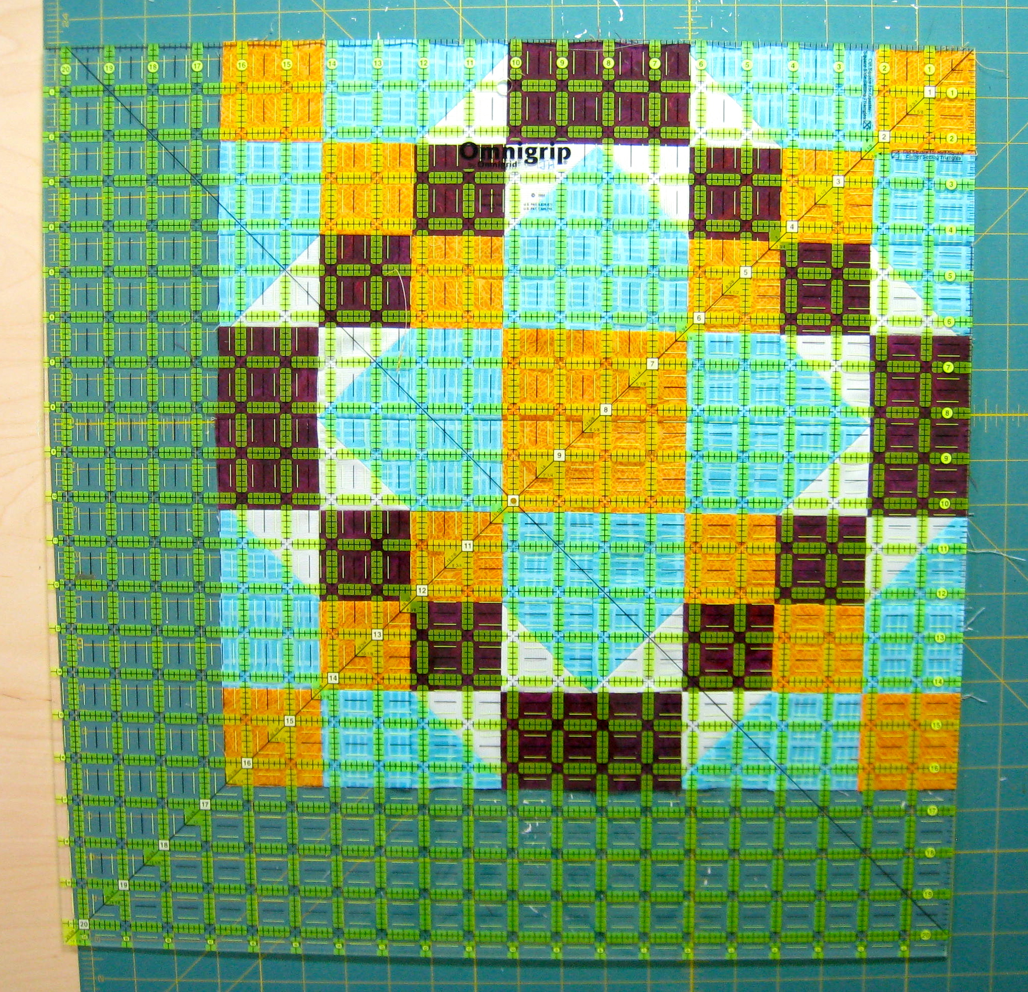 How To Square Up A Quilt Block With Precision | Quilts By Jen : squaring up quilt blocks - Adamdwight.com