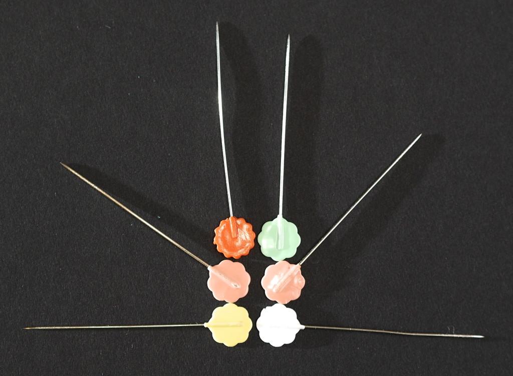 Flat head pins