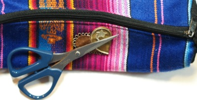 magnetic heart on bag with scissors attached