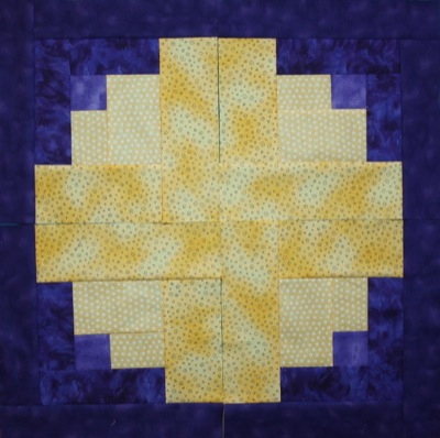 Layout with yellow in the centre