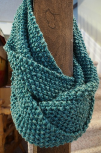 The Seed Stitch Infinity Scarf Is Complete Quilts By Jen
